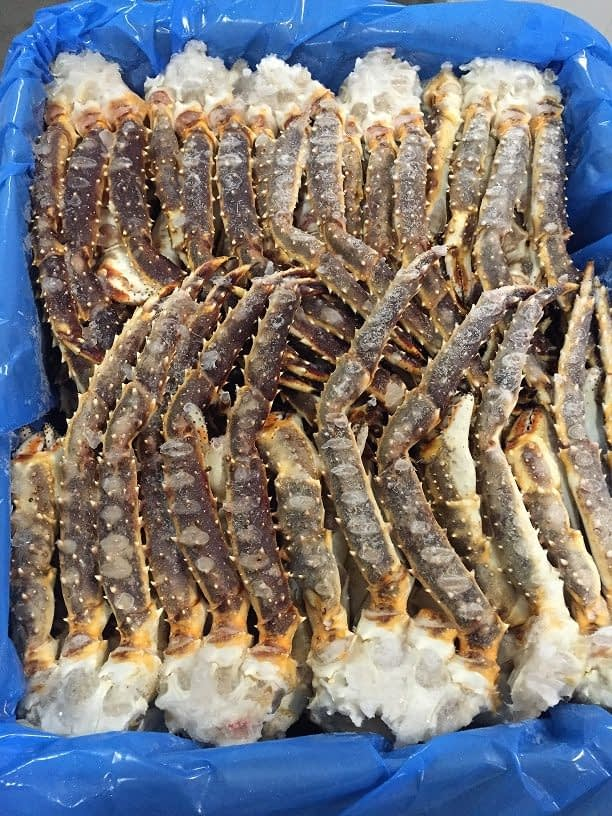king crab raw cluster norway